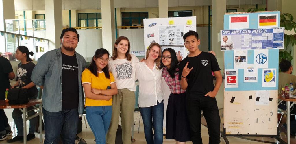 Studenten in Jakarta, Indonesien.